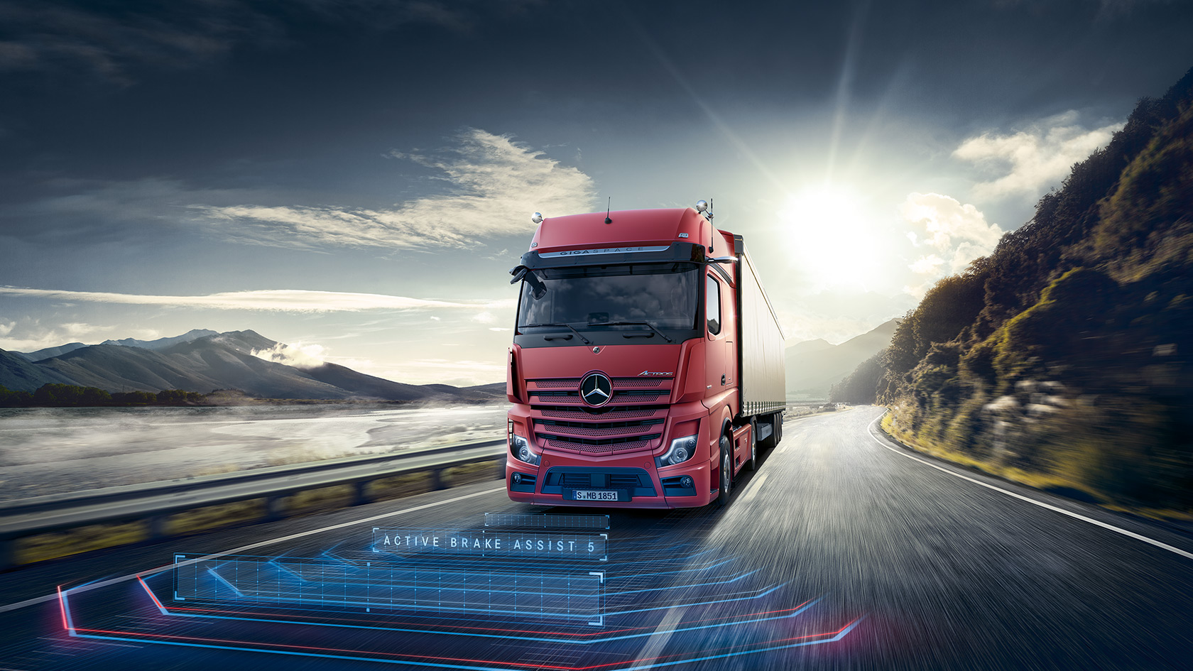 The new Actros: Greater safety – Mercedes-Benz Trucks UK
