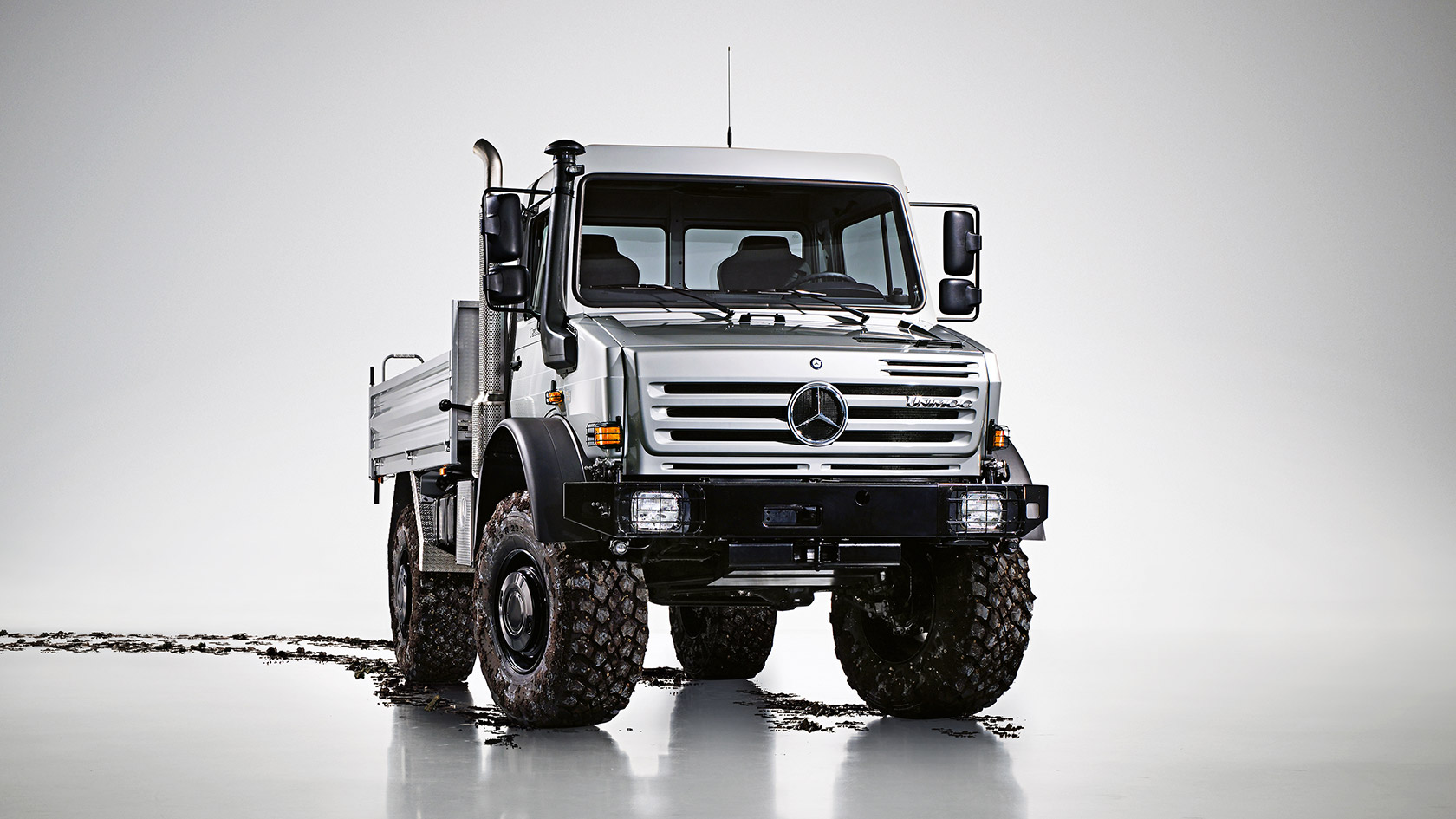 unimog u 4000 u 5000 mercedes benz kamyonlar trucks. Black Bedroom Furniture Sets. Home Design Ideas