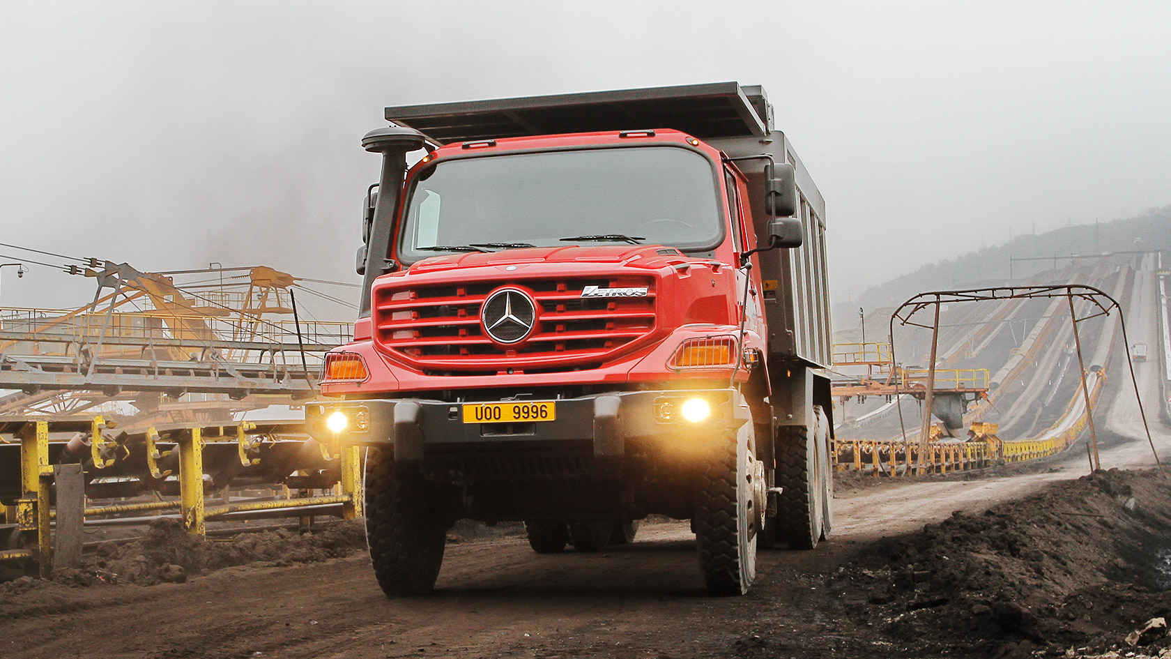 Zetros: Mining – Mercedes-Benz Trucks New Zealand – Trucks